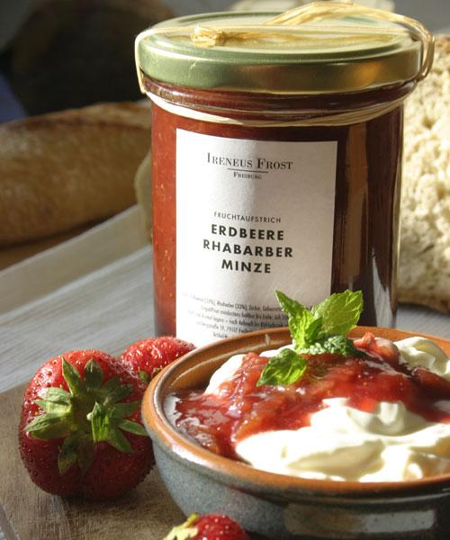 Erdbeere Minze Marmelade : fruchtaufstrich erdbeere rhabarber mit minze ireneus frost ~ Lizthompson.info Haus und Dekorationen